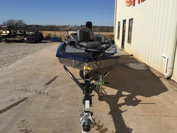 2021 Tracker Boats boat for sale, model of the boat is Pro 170 & Image # 5 of 50