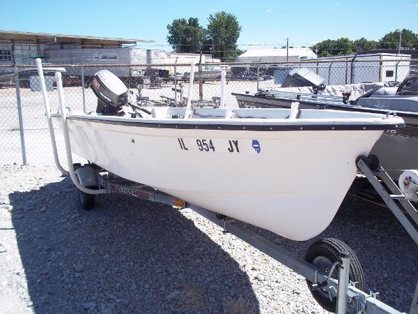 1996 Deep V boat for sale, model of the boat is 15' V & Image # 2 of 14