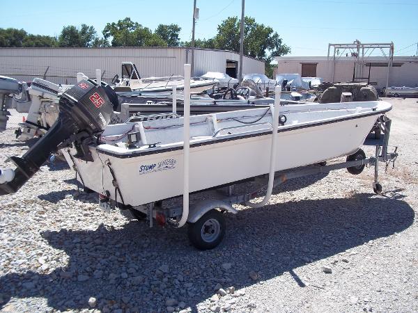 1996 Deep V boat for sale, model of the boat is 15' V & Image # 1 of 14