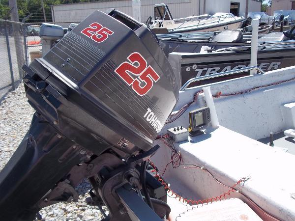 1996 Deep V boat for sale, model of the boat is 15' V & Image # 7 of 14