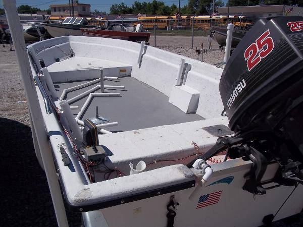 1996 Deep V boat for sale, model of the boat is 15' V & Image # 10 of 14
