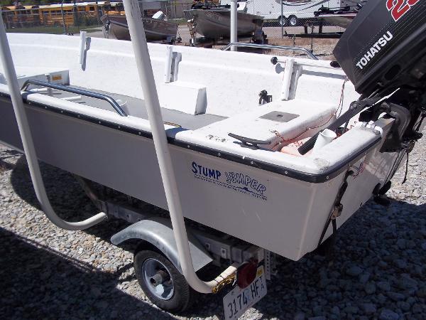 1996 Deep V boat for sale, model of the boat is 15' V & Image # 11 of 14