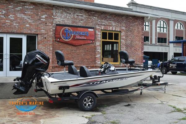 2021 Tracker Boats boat for sale, model of the boat is Pro Team 175 TXW® Tournament Ed. & Image # 3 of 42