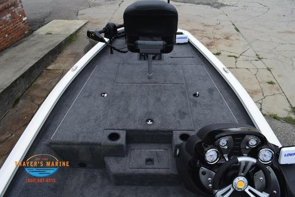 2021 Tracker Boats boat for sale, model of the boat is Pro Team 175 TXW® Tournament Ed. & Image # 16 of 42