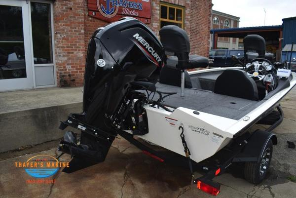 2021 Tracker Boats boat for sale, model of the boat is Pro Team 175 TXW® Tournament Ed. & Image # 40 of 42