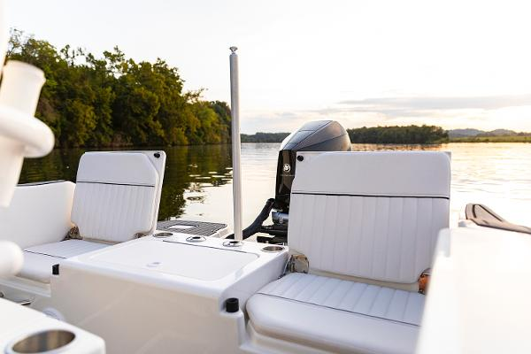 2022 Bayliner boat for sale, model of the boat is T22CC & Image # 21 of 27