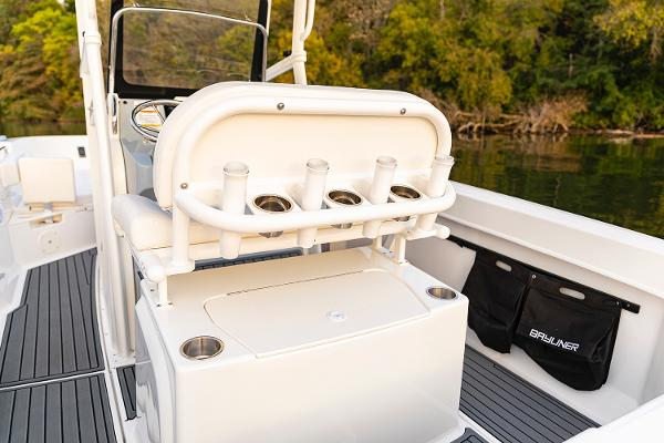 2022 Bayliner boat for sale, model of the boat is T22CC & Image # 19 of 27