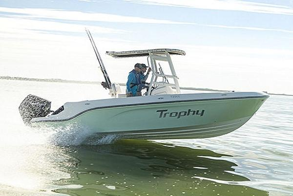2022 Bayliner boat for sale, model of the boat is T22CC & Image # 9 of 27