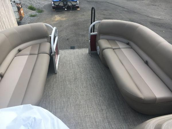 2021 Ranger Boats boat for sale, model of the boat is 180C & Image # 3 of 14