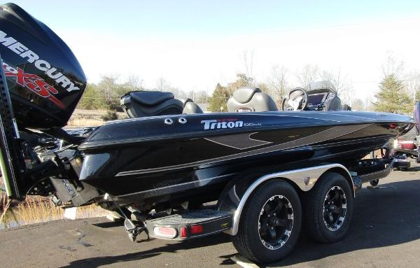 2018 Triton boat for sale, model of the boat is 21 TRX & Image # 12 of 12