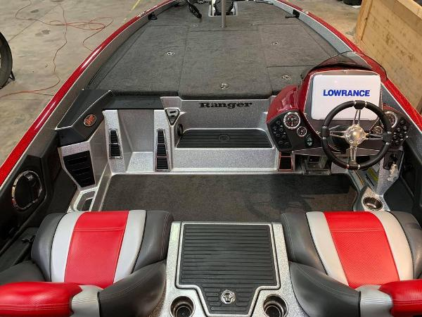 2014 Ranger Boats boat for sale, model of the boat is Z518c & Image # 13 of 17