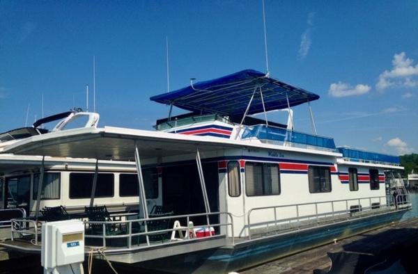 1988 Stardust Cruisers 16 x 64 Houseboat
