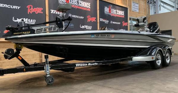 2012 Triton boat for sale, model of the boat is 21 XS & Image # 4 of 16