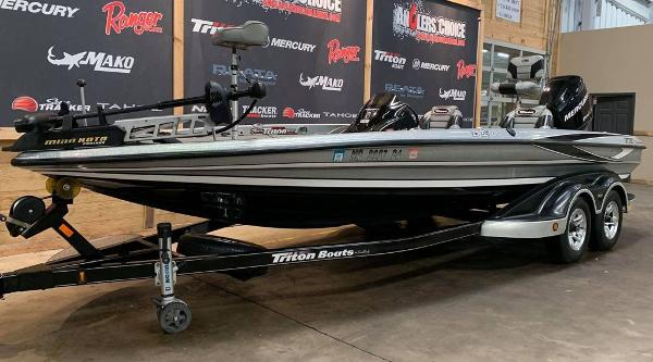 2012 Triton boat for sale, model of the boat is 21 XS & Image # 6 of 16