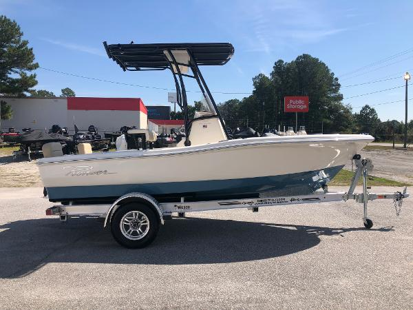 2021 Pioneer boat for sale, model of the boat is 180 Islander & Image # 4 of 24