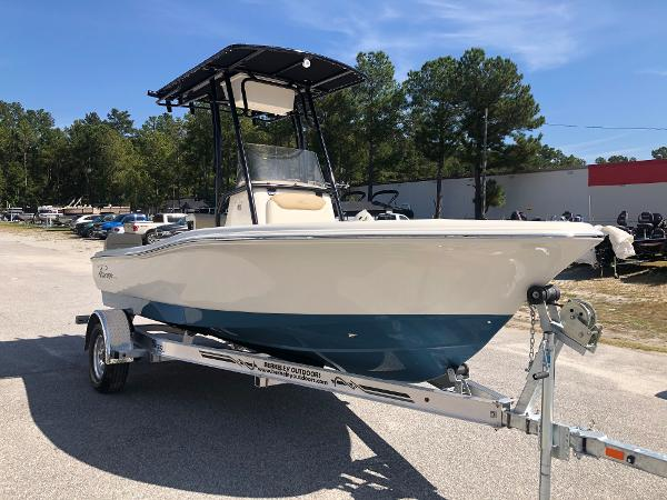 2021 Pioneer boat for sale, model of the boat is 180 Islander & Image # 5 of 24