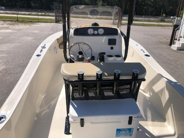 2021 Pioneer boat for sale, model of the boat is 180 Islander & Image # 9 of 24
