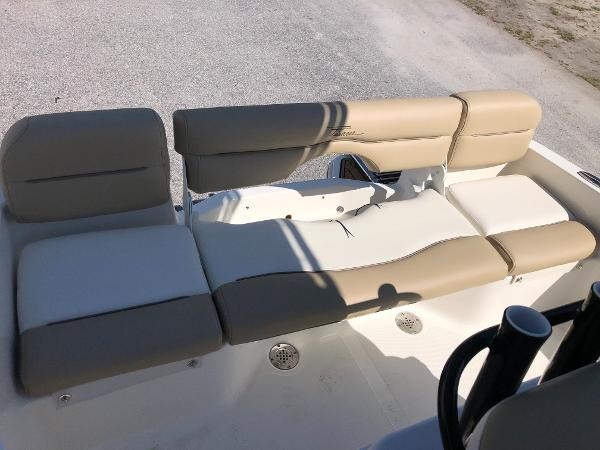 2021 Pioneer boat for sale, model of the boat is 180 Islander & Image # 23 of 24