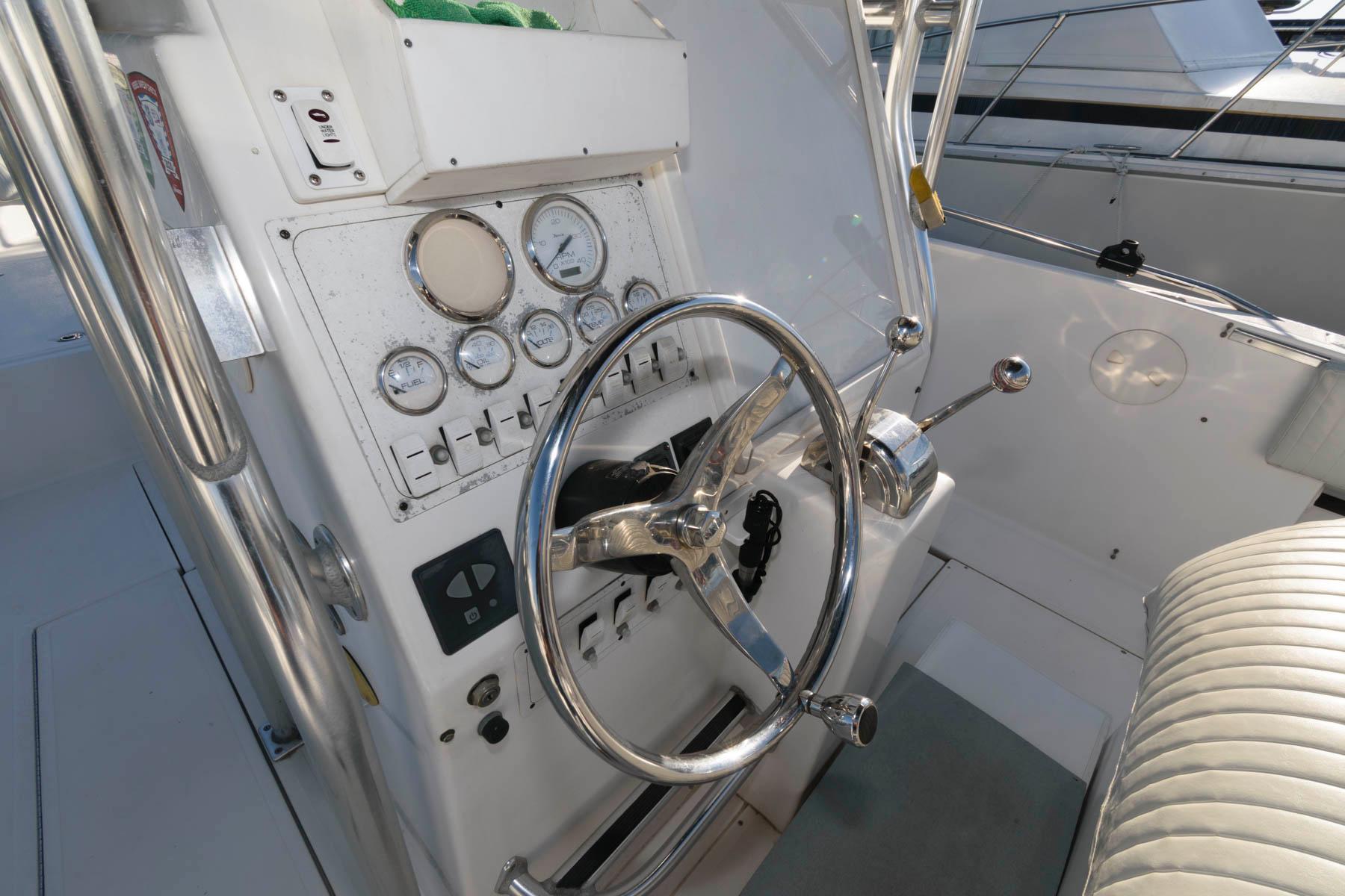 NY 5770 SF Knot 10 Yacht Sales