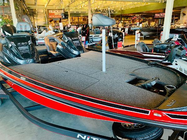 2020 Nitro boat for sale, model of the boat is Z20 & Image # 3 of 61
