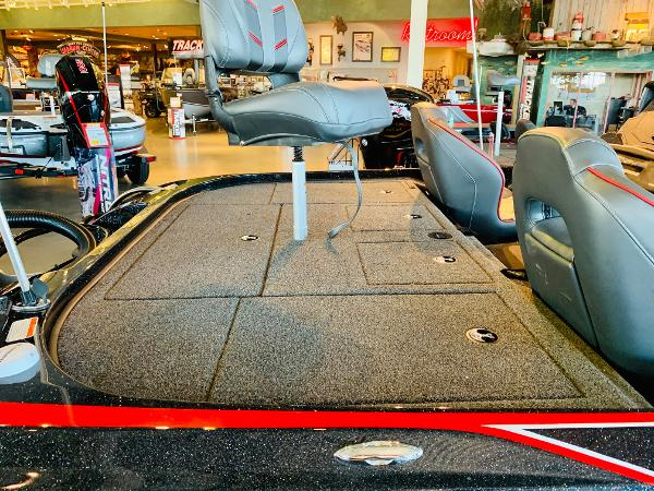 2020 Nitro boat for sale, model of the boat is Z20 & Image # 7 of 61