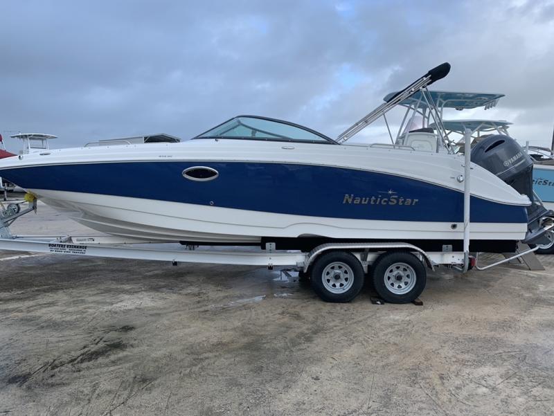 2021 NauticStar Boats 243 DC Deck
