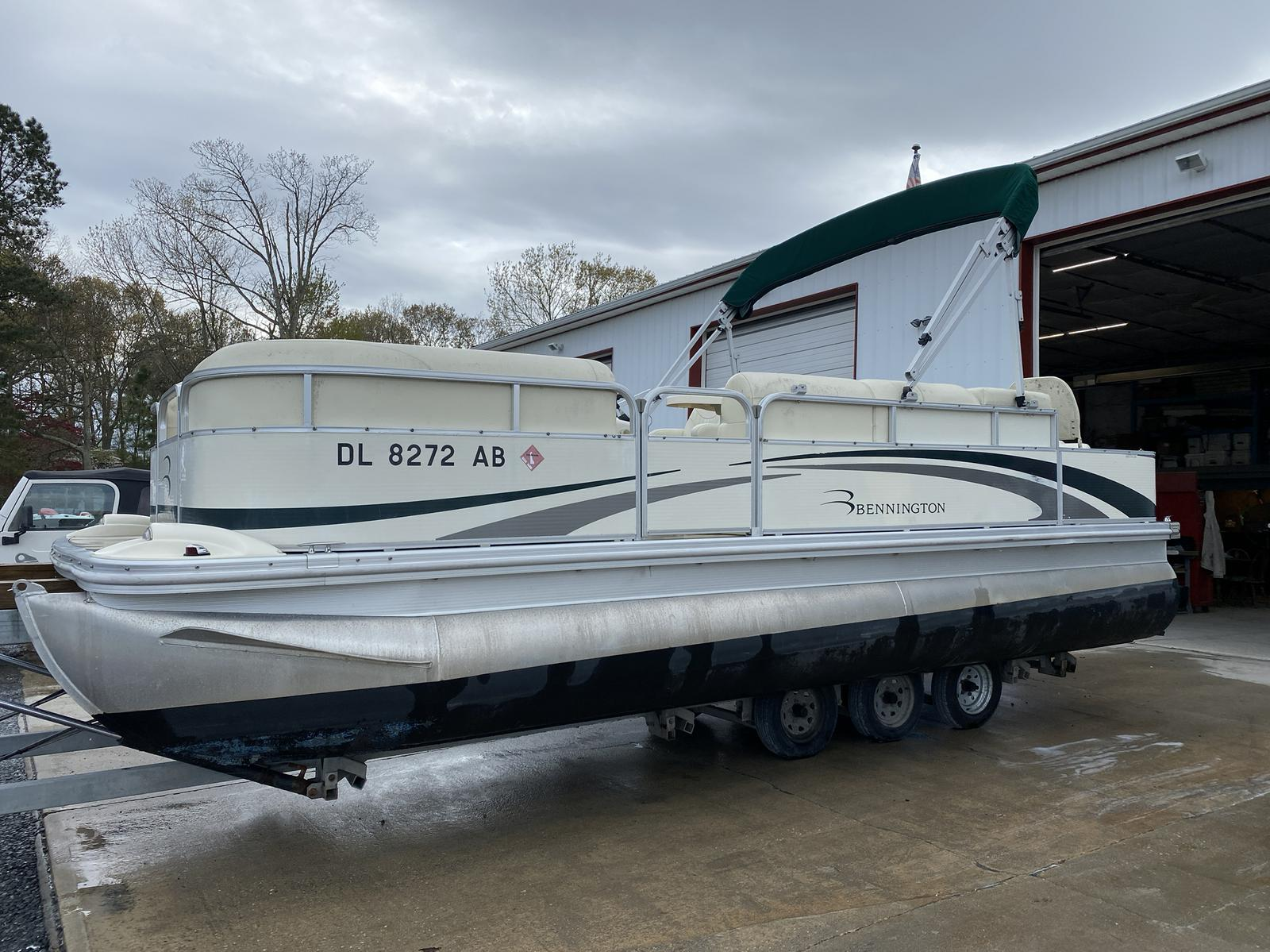 2008 Bennington boat for sale, model of the boat is 2075GSi Pontoon & Image # 1 of 13