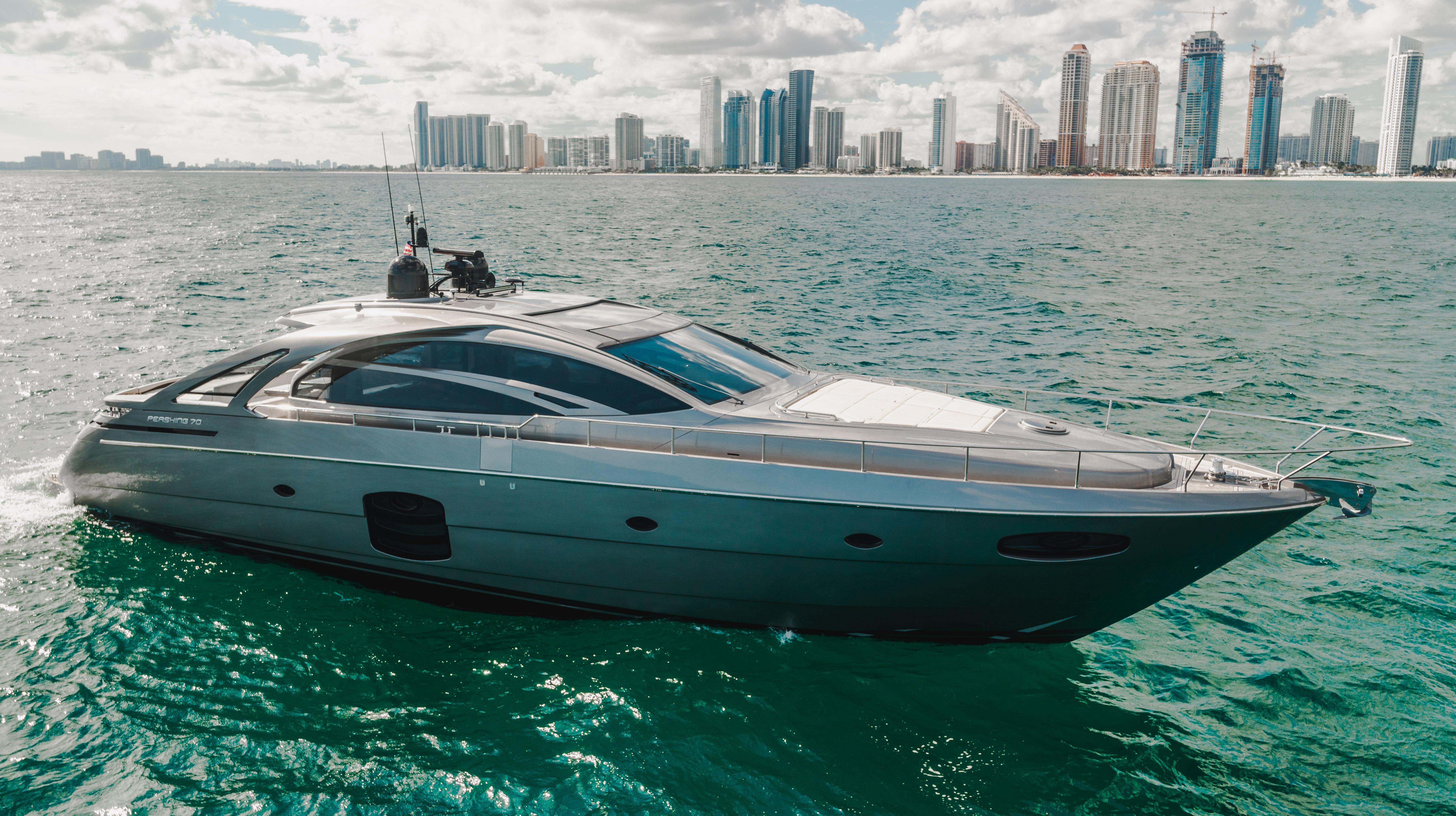 2015 Pershing 70 Motor Yacht - Andiamo - Starboard Profile