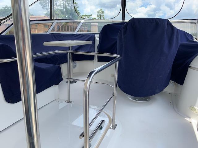 F 6180 BB Knot 10 Yacht Sales