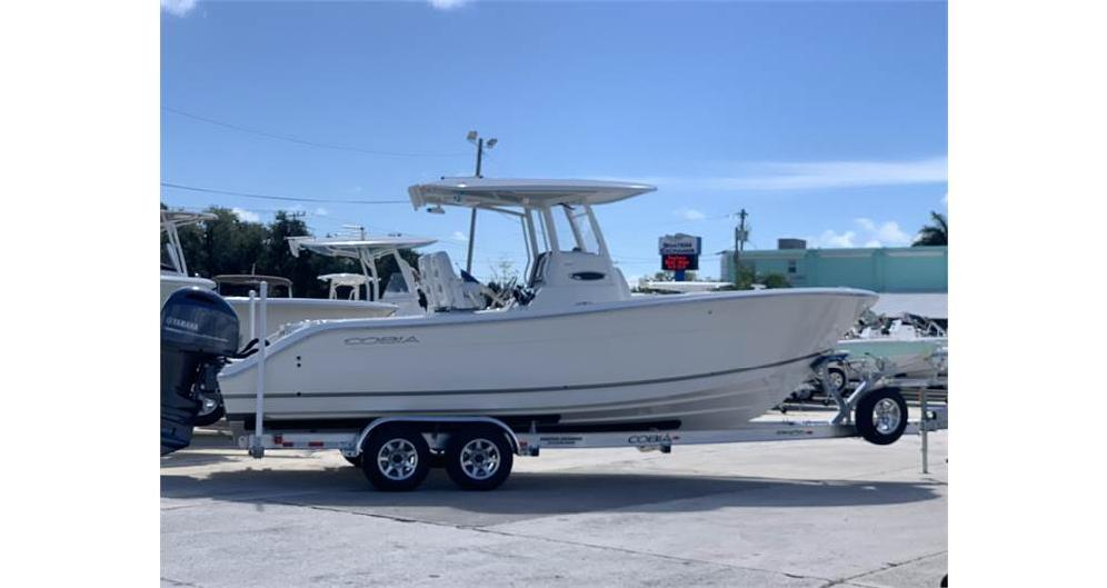 2020 COBIA BOATS 262 CC (Located in NEW SMYRNA BEACH)