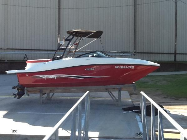 2012 Sea Ray 185 Sport thumbnail