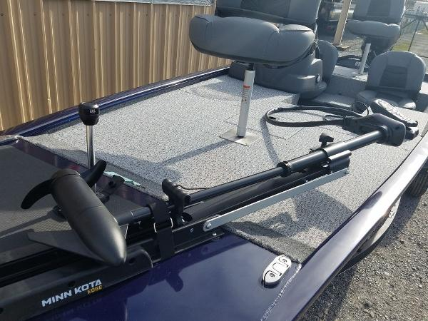 2021 Tracker Boats boat for sale, model of the boat is Pro 170 & Image # 11 of 17