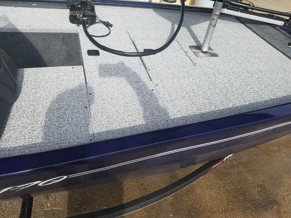 2021 Tracker Boats boat for sale, model of the boat is Pro 170 & Image # 12 of 17