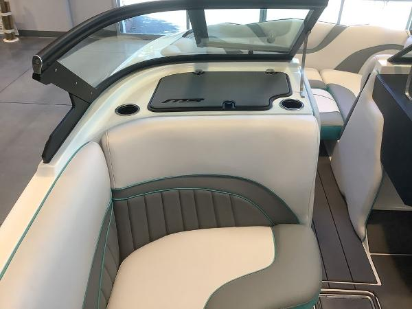 2021 MB Sports boat for sale, model of the boat is B52 23 Alpha & Image # 13 of 27
