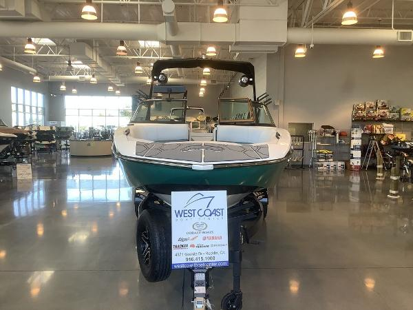 2021 MB Sports boat for sale, model of the boat is B52 23 Alpha & Image # 25 of 27