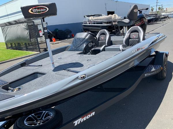 2021 Triton boat for sale, model of the boat is 179 TRX & Image # 3 of 28