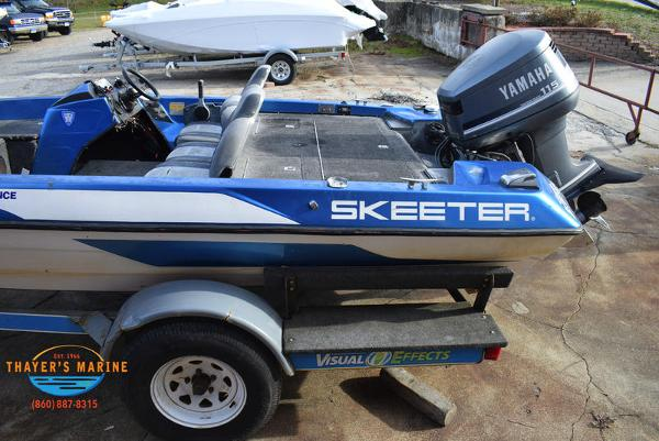1988 Skeeter boat for sale, model of the boat is SF17D & Image # 5 of 17