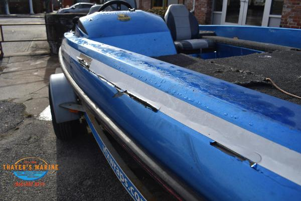 1988 Skeeter boat for sale, model of the boat is SF17D & Image # 7 of 17