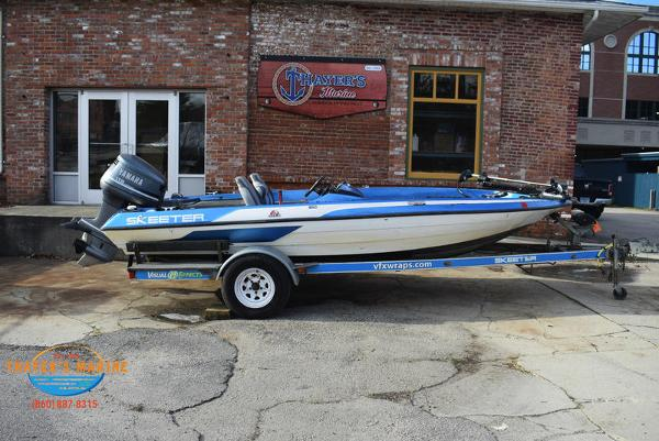 1988 Skeeter boat for sale, model of the boat is SF17D & Image # 8 of 17