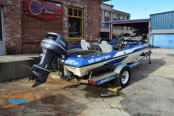 1988 Skeeter boat for sale, model of the boat is SF17D & Image # 13 of 17