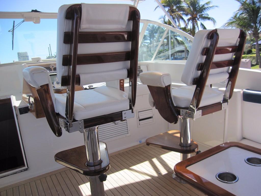 Helm Chair Detail