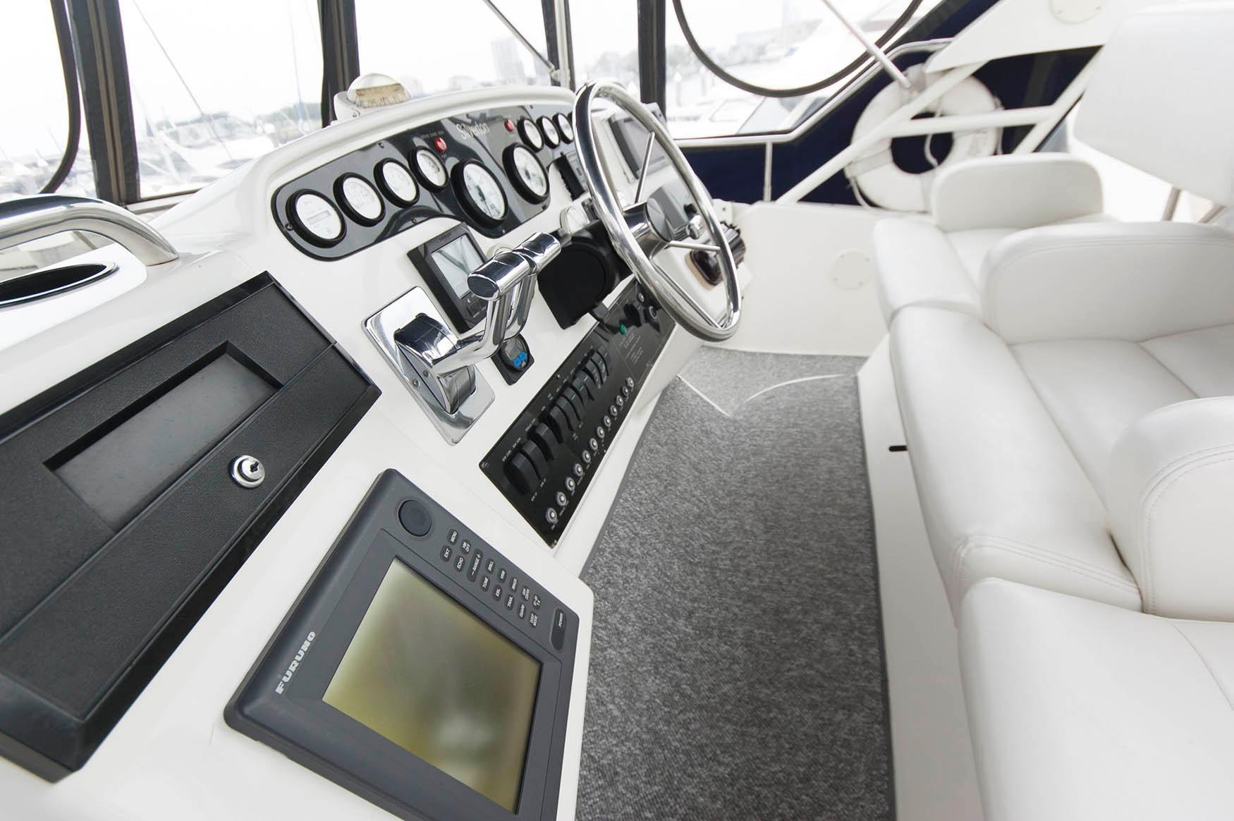 NJ 5718 KG Knot 10 Yacht Sales