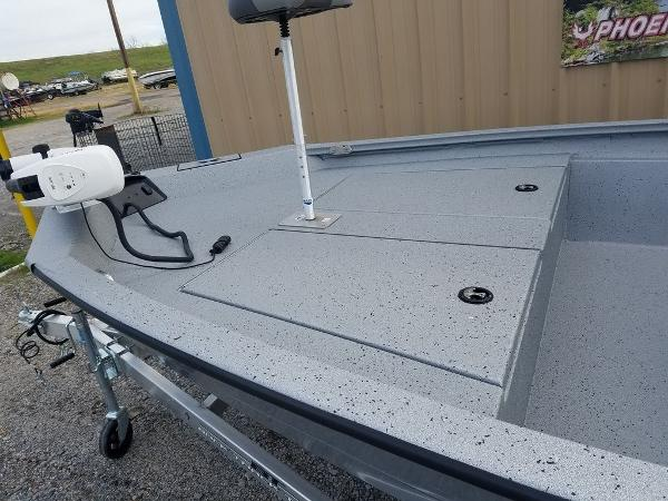 2021 Xpress boat for sale, model of the boat is H190B & Image # 2 of 13