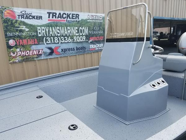 2021 Xpress boat for sale, model of the boat is H190B & Image # 7 of 13