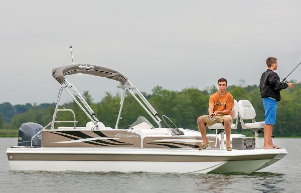 2014 Hurricane boat for sale, model of the boat is FunDeck 198 & Image # 1 of 6