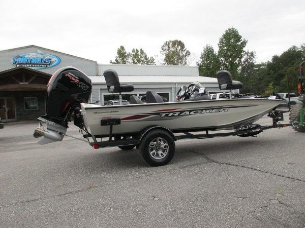 2021 Tracker Boats boat for sale, model of the boat is Pro Team™ 195 TXW Tournament Ed. & Image # 31 of 32