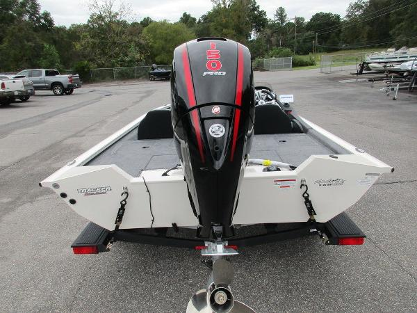 2021 Tracker Boats boat for sale, model of the boat is Pro Team™ 195 TXW Tournament Ed. & Image # 32 of 32