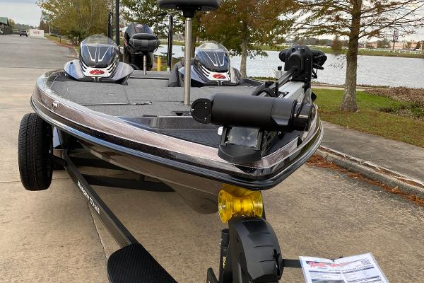 2020 Ranger Boats boat for sale, model of the boat is Z521C & Image # 3 of 4