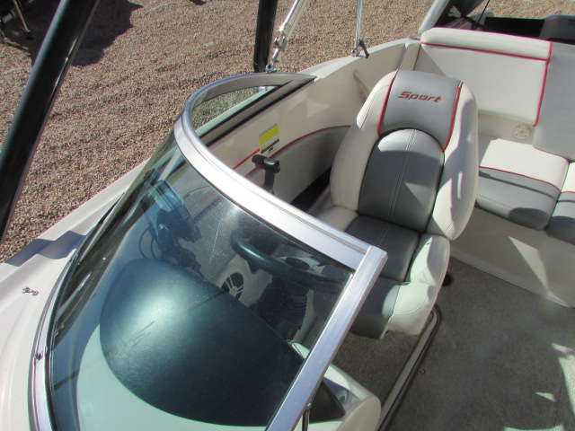 2008 Sea Ray boat for sale, model of the boat is 185 Sport & Image # 9 of 22