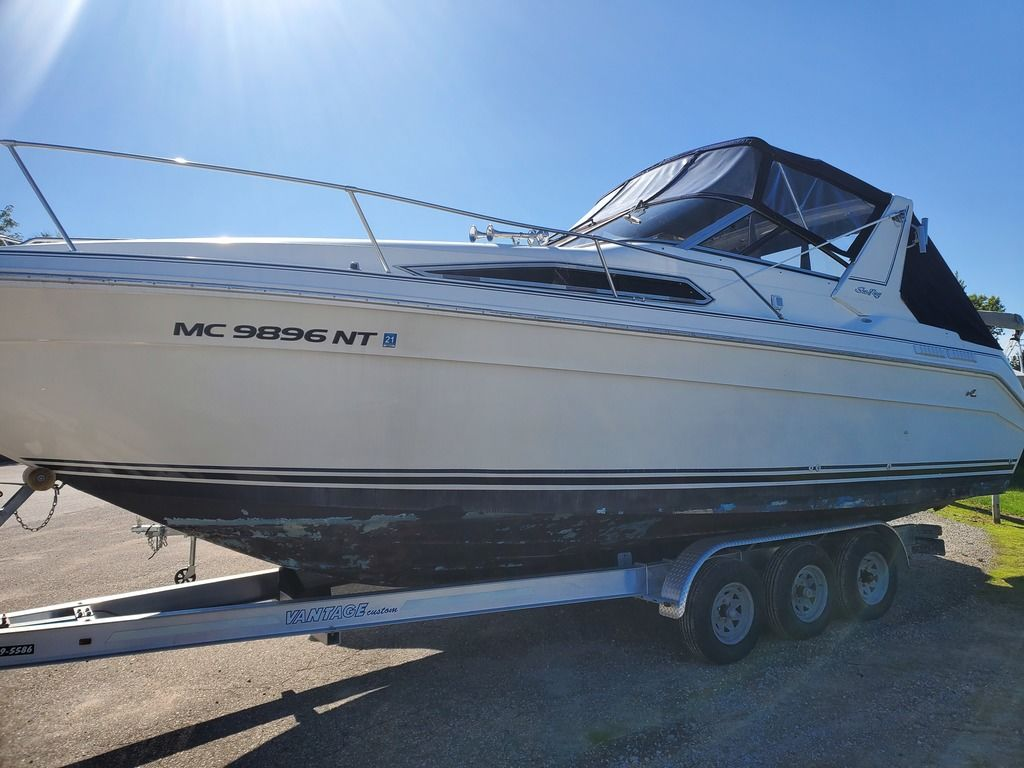 1989 Sea Ray boat for sale, model of the boat is 280 WITH TRI-AXLE ALUMINUM TRAILER & Image # 1 of 15